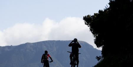 Cicloturismo cumeeiras Sao Miguel Azzorre