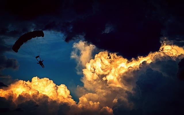 Tra le nuvole delle Azzorre in parapendio